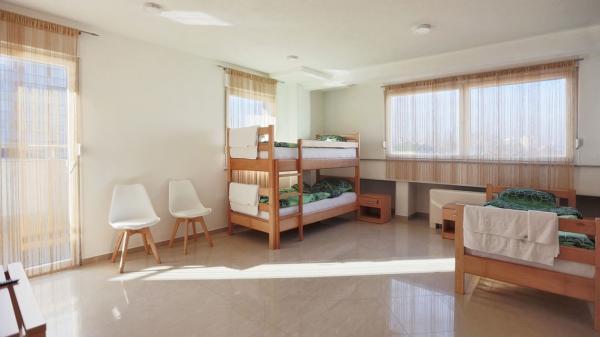 eM Hostel - Petokrevetna br.5 - Banjaluka