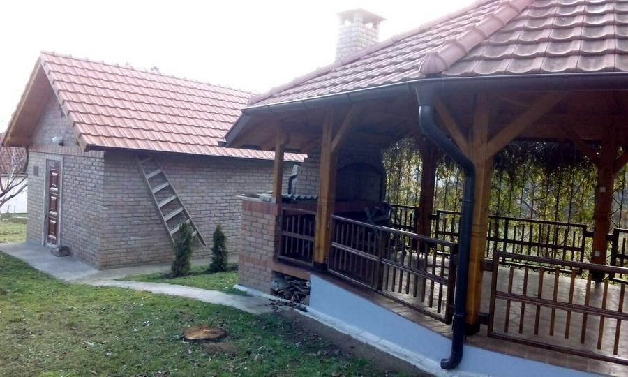 Vikendica kod Krušedola - Novi Sad