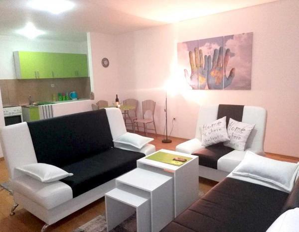 Apartman World - Pale